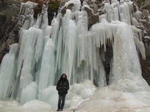 Frozen waterfall on the way to Lamayuru
